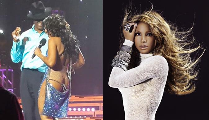 Toni Braxton's dress falls off on stage