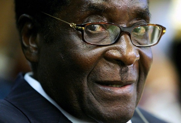 We Are Broke But We Sacrificed To Pay You, Mugabe Tells Civil Servants