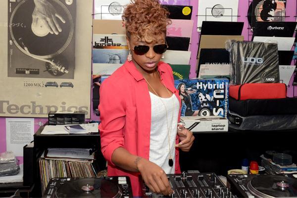 Byo To Host DJ Zinhle