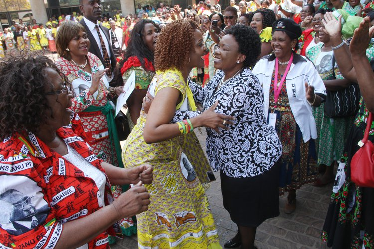 Grace Mugabe Grovels At Mnangagwa, Says I Did Not Ask Ubaba To Fire You