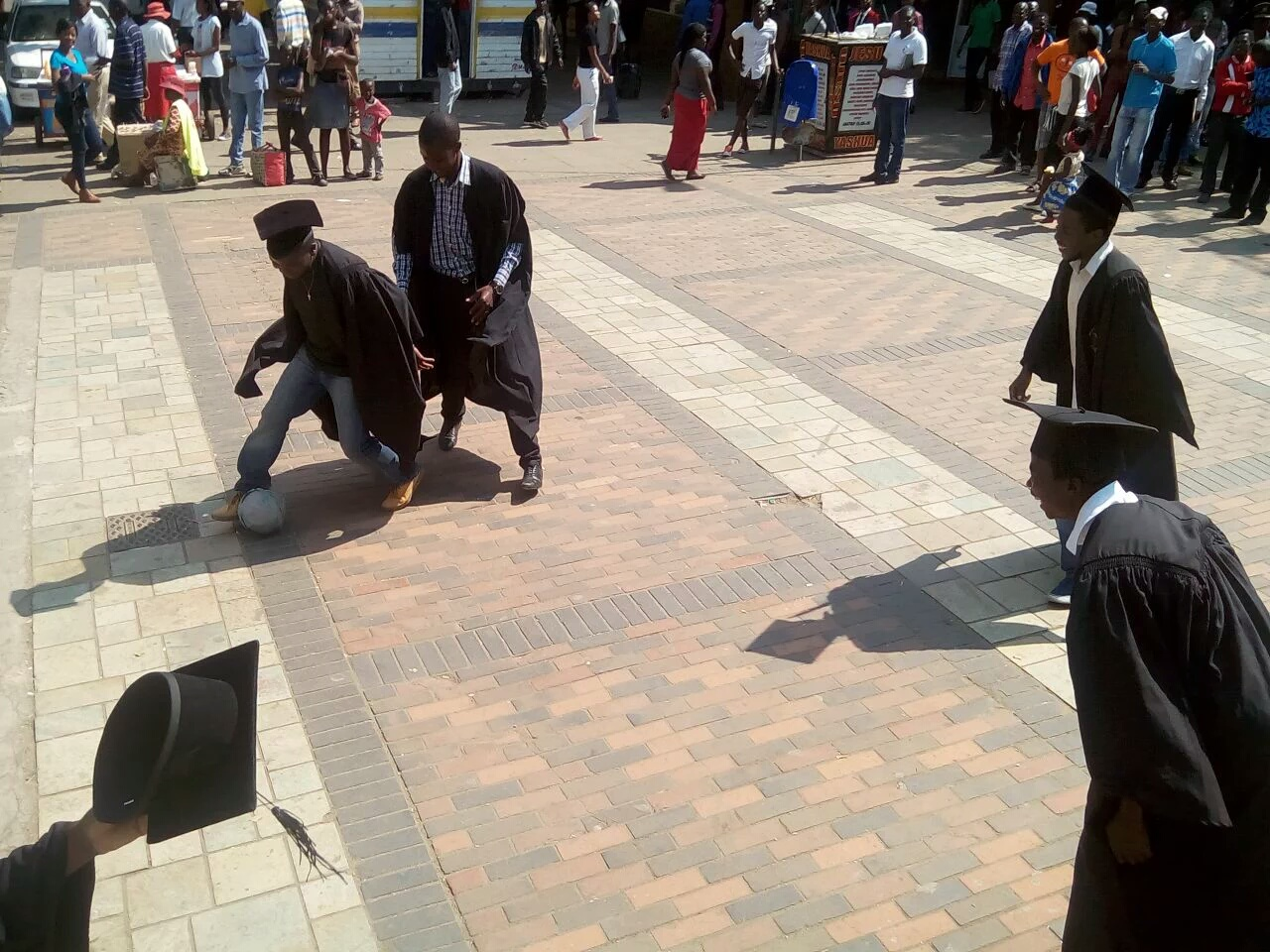 PICTURES: Unemployed Graduates Protest In Harare