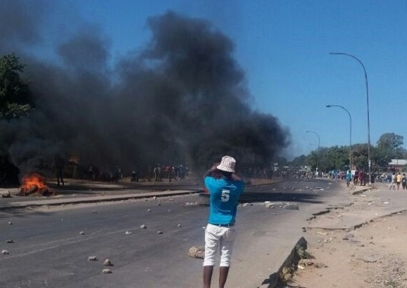 BREAKING: BULAWAYO BURNING