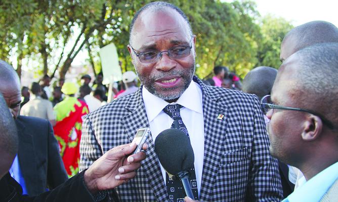 Vapostori Leader Johannes Ndanga Urges War Veterans To Apologise To Mugabe