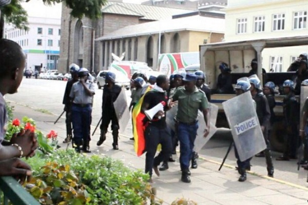 MASS ARRESTS IN ZIMBABWE: Over 100 Protestors In Jail