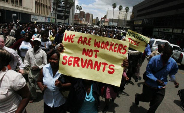 Civil Servants Threaten 2008 Strike Repeat