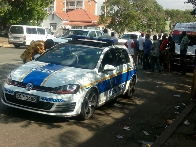 Pirate Taxi Driver Takes Cops On A 31 Km Speed Chase